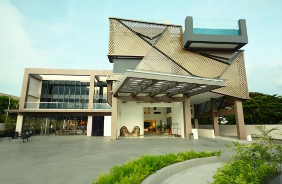 Entrance of Hue Hotels and Resorts Puerto Princesa