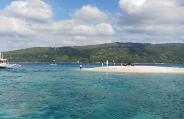 Day trip to Sumilon Island's Sand Bar and Oslob, Cebu