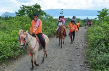 Day trip Taal Lake Horse Riding, Luzon, Philippines