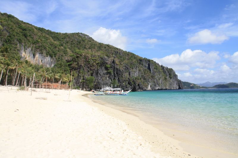 The Most Popular Beaches in El Nido mainland | Travel Palawan