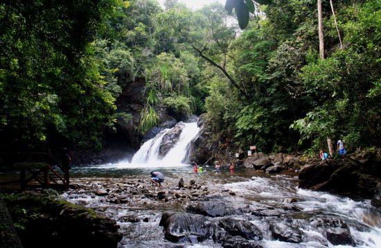 Day trip to Estralla Falls Palawan