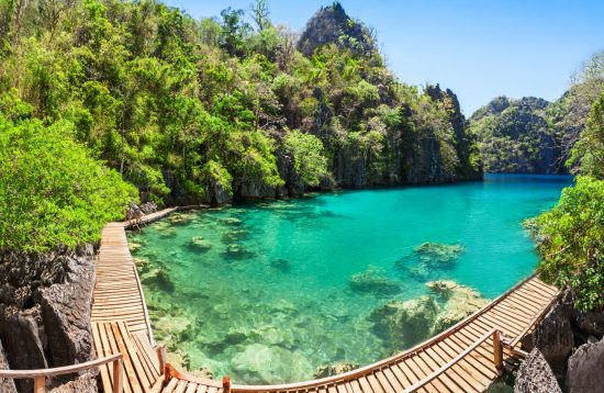 Tour package with Kayangan Lake