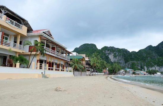 Beach area at the El Nido Beach Hotel