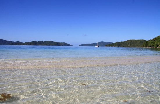 Island Hopping tour Poer Barton Palawan