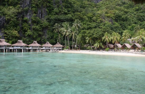 Luxury beach vacation in El Nido
