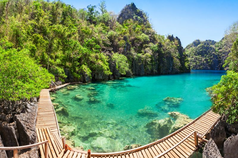 Day trip to Coron's Kayangan Lake