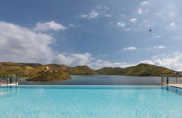 Infinity Pool - Busuanga Bay Lodge