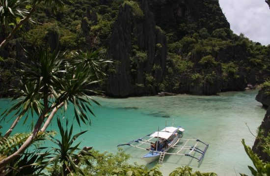 Day trip to El Nido' Cadlao Lagoon with private boat