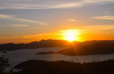 Sunset Mount Tapyas, Coron Sightseeing Tour, Palawan